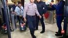 VIDEO: KPK Sita Dua Koper Berisi Uang di Kemenag
