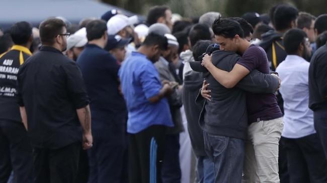 Saat ini baru 21 jenazah korban penembakan di Selandia Baru yang diserahkan kepada keluarga. (AP Photo/Mark Baker)