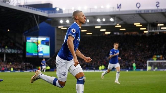 AC Milan telah menjadikan penyerang Everton Richarlison sebagai kandidat striker baru musim depan. The Sun mengklaim Milan harus mengeluarkan £60 juta untuk mendapatkan pemain asal Brasil itu. (Reuters/Jason Cairnduff)