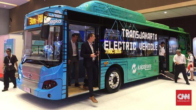 TransJakarta Kaji Rute Uji bagi Bus Listrik Terbaru
