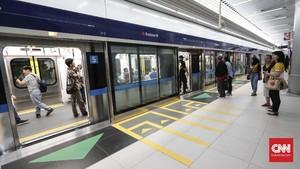 Tarif MRT Ditetapkan 'Cuma' Rp8.500 per Orang