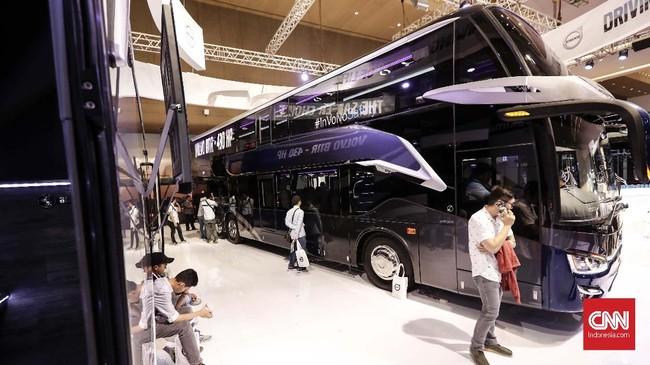 Pameran yang berlangsung selama 3 hari ini bertujuan untuk mendukung perusahaan karoseri dan produsen bus baik dalam negeri dan dunia, khususnya di kawasan Asia Tenggara. (CNNIndonesia/Safir Makki)