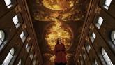 Aula ini disebut mirip dengan Sistine Chapel di Vatikan, Italia, karena memajang ukiran dinding dan lukisan yang kurang lebih sama megahnya. (REUTERS/Dylan Martinez)