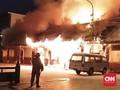 Kebakaran Dini Hari Lalap 12 Rumah di Jakarta Timur