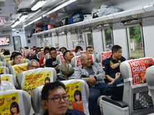 Naik Kereta Api Cirebon-Jakarta, Menteri Jonan Nostalgia