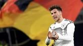 Jerman baru bisa membuat gol pada pertengahan babak kedua. Gol dicetak Leon Goretzka yang masuk menggantikan Julian Brandt pada menit ke-56. (REUTERS/Fabian Bimmer)