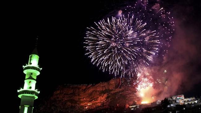 Tahun Baru bagi bangsa Kurdi tidak terjadi pada 1 Januari seperti yang dirayakan semua orang di dunia. (REUTERS/Thaier Al-Sudani)