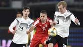 Timnas Jerman kali ini menurunkan mayoritas pemain muda, termasuk Lukas Klostermann, Niklas Sule, Jonathan Tah, Julian Brandt, Kai Havertz, Leroy Sane, dan Timo Werner yang rata-rata berusia di bawah 23 tahun.(REUTERS/Fabian Bimmer)