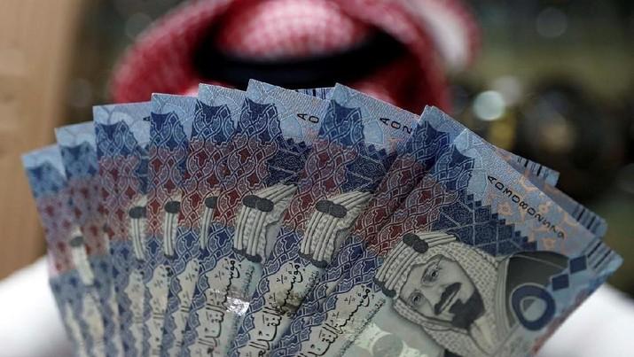Pada bulan Januari lalu, rupiah sempat menguat lebih dari 2% secara year-to-date (YTD) melawan riyal