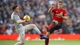 PSG dikabarkan Marca sudah mempersiapkan gaji €175 ribu per pekan untuk Ander Herrera dari Manchester United. Herrera menjadi salah satu incaran Thomas Tuchel musim depan. (REUTERS/Phil Noble)