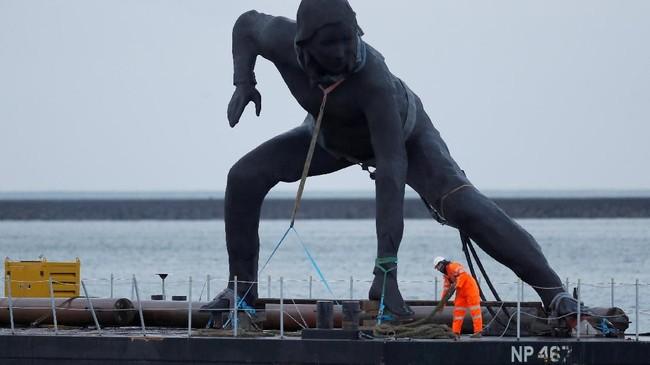 Patung perunggu terbesar di Inggris,