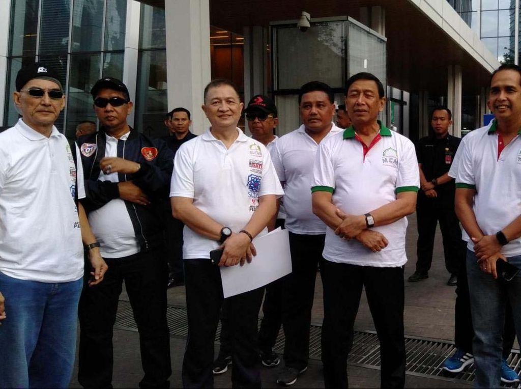 Peserta berasal dari komunitas pesepeda Jakarta, Depok, Bekasi dan Tanggerang.