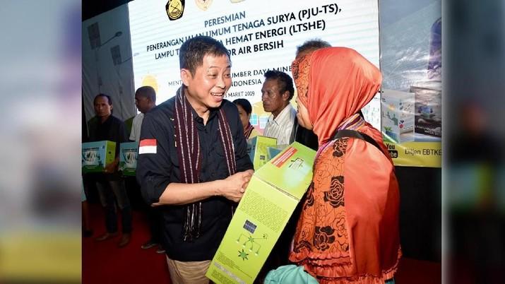 Pemerintahan Joko Widodo (Jokowi) punya program tol lainnya. Yakni tol listrik.