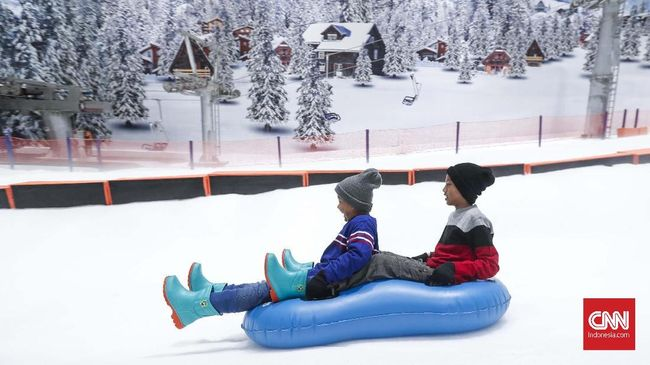 Tips Nyaman Bermain Salju di Trans Snow World Bintaro