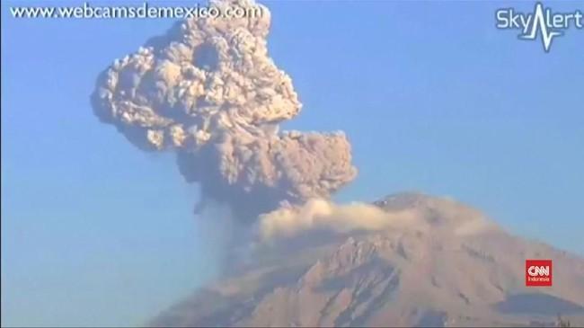 VIDEO: Detik-detik Gunung Berapi Meksiko Meletus