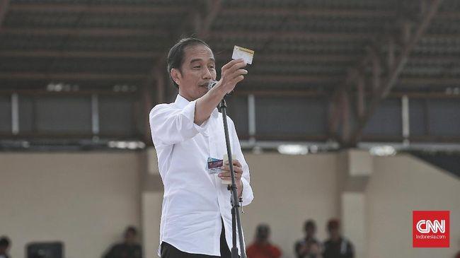 Jokowi Janjikan Sepeda untuk yang Tak Setuju Program 3 Kartu