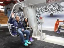 Seru! Bos CT Corp Jajal Kereta Salju di Bekasi
