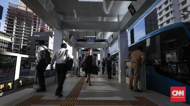 FOTO : Melihat Halte Transjakarta HI Terintegrasi Stasiun MRT