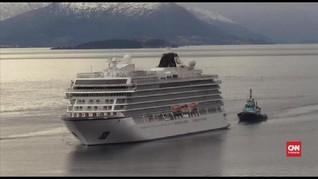VIDEO: Sempat Terjebak, Kapal Pesiar Norwegia Dievakuasi
