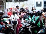 Mengintip Kerasnya 'Perang' Grab & Gojek Kuasai Indonesia