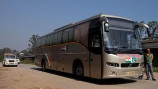 Kisah 'Bus Persahabatan' Melintasi Konflik India-Pakistan