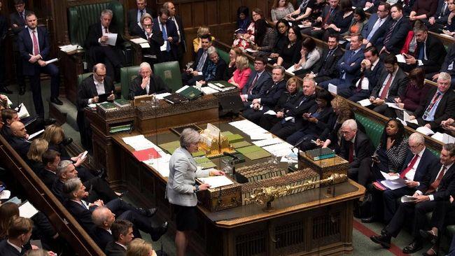 Parlemen Inggris Cari Cara Desak May Tunda Brexit