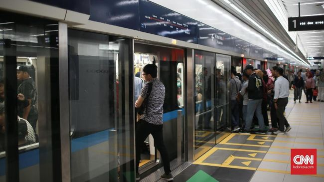 Bus Pengumpan Disiapkan dari Kantong Parkir ke Stasiun MRT