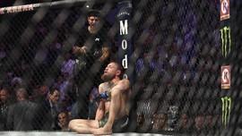 McGregor Menyerah dari Khabib karena Takut Tewas di UFC