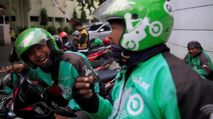 Luhut: Gojek Tidak Bawa Uang Indonesia Kabur ke Luar Negeri