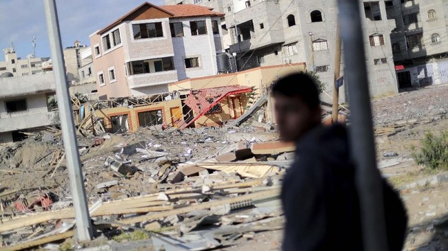 Hamas, kelompok perjuangan Palestina yang menguasai Jalur Gaza, menyatakan sudah melakukan gencatan senjata dengan Israel, atas mediasi Mesir. (REUTERS/Mohammed Salem)