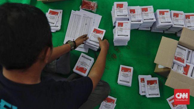 KPU Mamuju Temukan 1.533 Surat Suara Pemilu Rusak