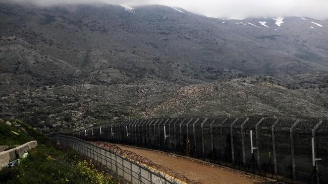 Indonesia menyatakan tetap mengakui Dataran tinggi Golan sebagai bagian yang tak terpisahkan dari Suriah, dan saat ini masih dicaplok Israel sejak Perang Enam Hari pada 1967. (REUTERS/Ammar Awad)