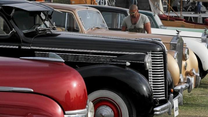 Intip Ratusan Mobil Klasik dan Unik Dari Abad Ke-20