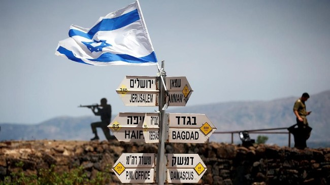 Presiden Amerika Serikat, Donald Trump, mengklaim sepihak wilayah Dataran Tinggi Golan adalah milik Israel. (REUTERS/Ronen Zvulun)