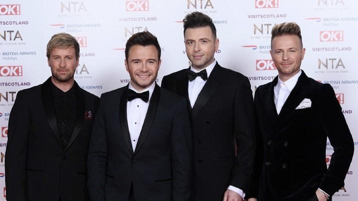 Dua boyband lawas akan gelar konser di Indonesia, yakni Westlife dan Backstreet Boys. Mana yang Anda pilih untuk ditonton?