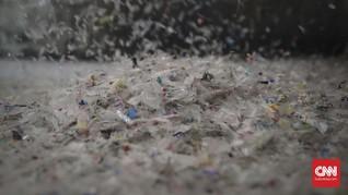 FOTO: Melihat Daur Ulang Sampah Plastik