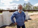 Seniman Bikin Tembok Batas AS-Meksiko Trump, Tapi dari Keju