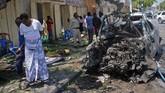 Namun, bom tersebut merupakan serangan terbaru dari serangkaian ledakan di Mogadishu yang belakangan ini kerap diteror kelompok pemberontak Al-Shabaab. (AFP Photo/Mohamed Abdiwahab)