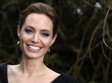 Susul Brie Larson, Angelina Jolie Jadi Jagoan Baru Marvel?
