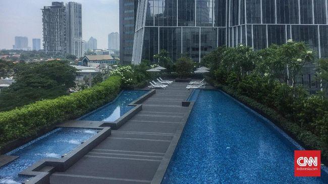 Bersantai di Langit Bisnis Jakarta