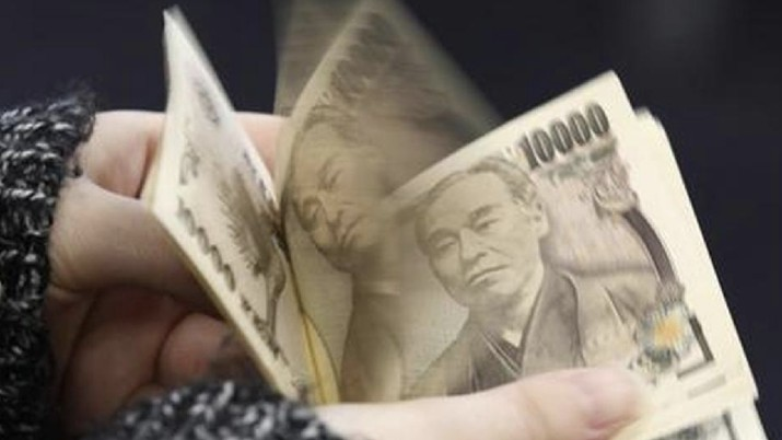 Keok Lawan Dolar AS, Yen Terpuruk di Level Terendah 3 Pekan