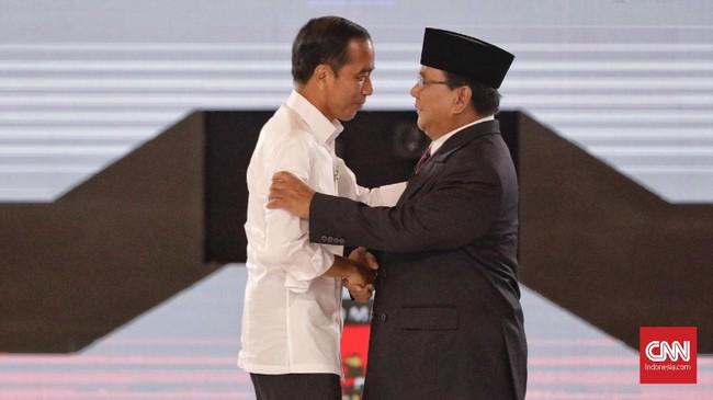 Kedua capres saling mengingatkan untuk tetap menjaga persahabatan dan persaudaraan usai gelaran Pilpres 2019. CNN Indonesia/Adhi Wicaksono