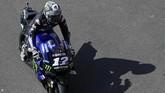 Pebalap Yamaha Maverick Vinales bangkit di latihan bebas kedua MotoGP Argentina 2019. Vinales naik 15 posisi dengan berada di posisi ketiga di FP2. (JUAN MABROMATA / AFP)