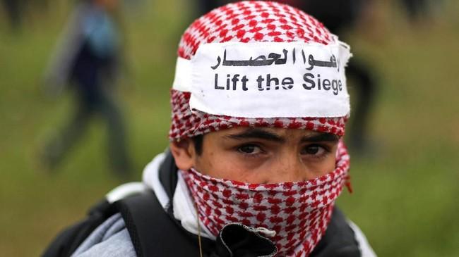 Penduduk Palestina memiliki hak untuk kembali ke tanah tempat keluarga mereka melarikan diri atau dipaksa untuk melarikan diri selama pendirian Israel pada tahun 1948. (REUTERS/Mohammed Salem)