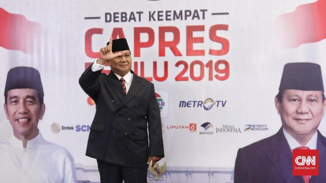 Tiba di Lokasi Debat Keempat, Prabowo Acung Dua Jari