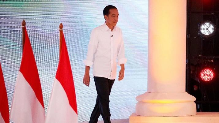 Calon presiden nomor urut 01 Joko Widodo (Jokowi) mengungkapkan strateginya untuk memperkuat ideologi pancasila.