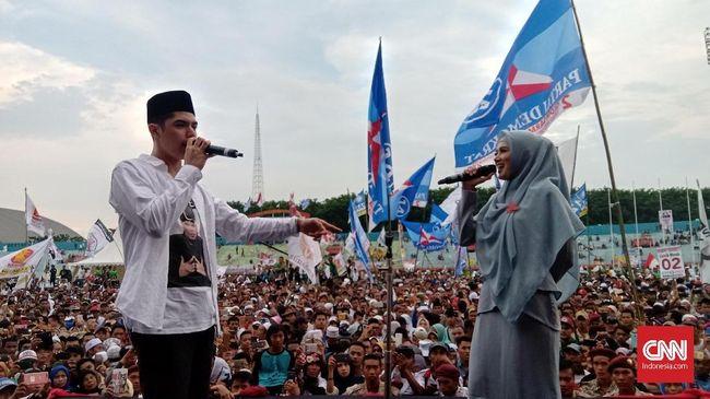 Al dan Mulan Wakili Ahmad Dhani di Kampanye Akbar Prabowo