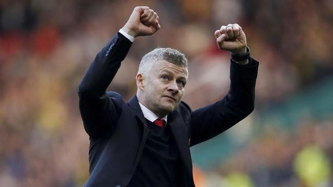 Solskjaer meraih kemenangan pada laga pertama setelah dipastikan menjadi manajer tetap Man United. (REUTERS/Andrew Yates)