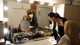 Rival Caputova dalam pemilu didukung oleh partai Smer-SD pimpinan Robert Fico, perdana menteri yang dipaksa mundur terkait pembunuhan Kuciak. AP Photo/Petr David Josek)