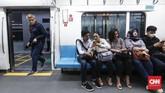 Tujuan pemberian diskon ialah untuk mendorong masyarakat menggunakan MRT Jakarta. Dengan demikian, sosialisasi penggunaan MRT Jakarta dapat dilakukan lebih luas dan dipahami masyarakat. (CNNIndonesia/Safir Makki).